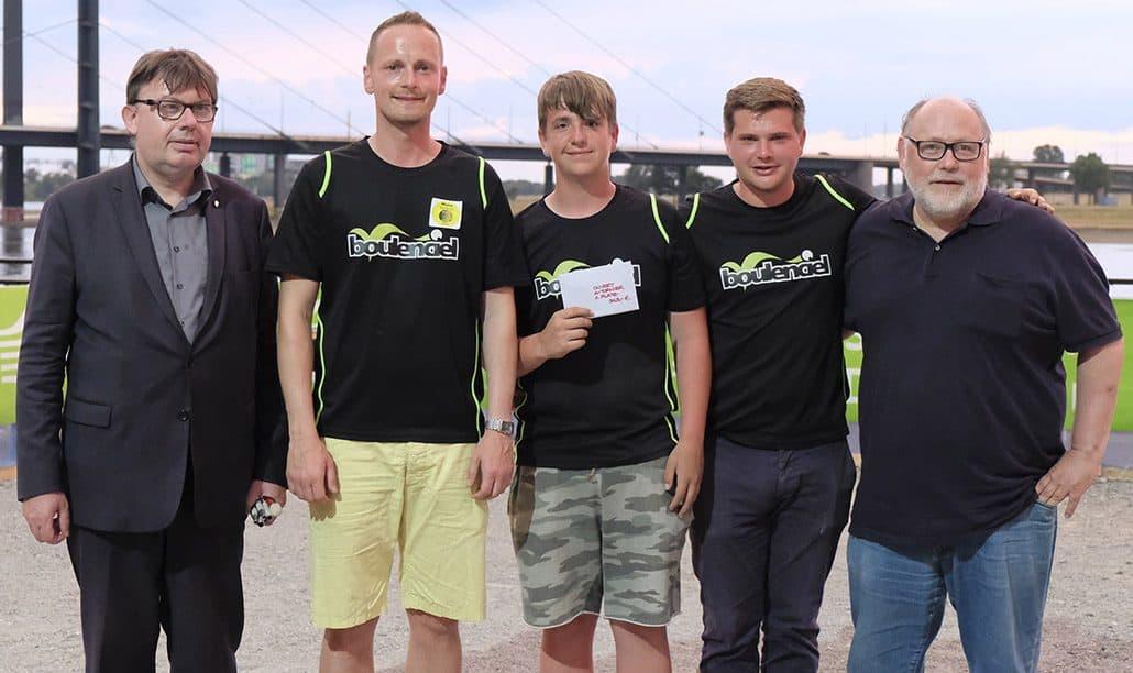 Das Siegerteam im A-Turnier des Düsseldorf Ouvert bei der Siegerehrung